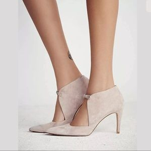 FREE PEOPLE CEROW POINTED STILETTO STRAP HEEL
